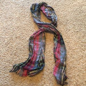 Charming Charlie Accessories - ✨3 for $15✨ Plaid Wrinkle Scarf